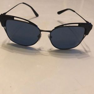 Tory Burch shades